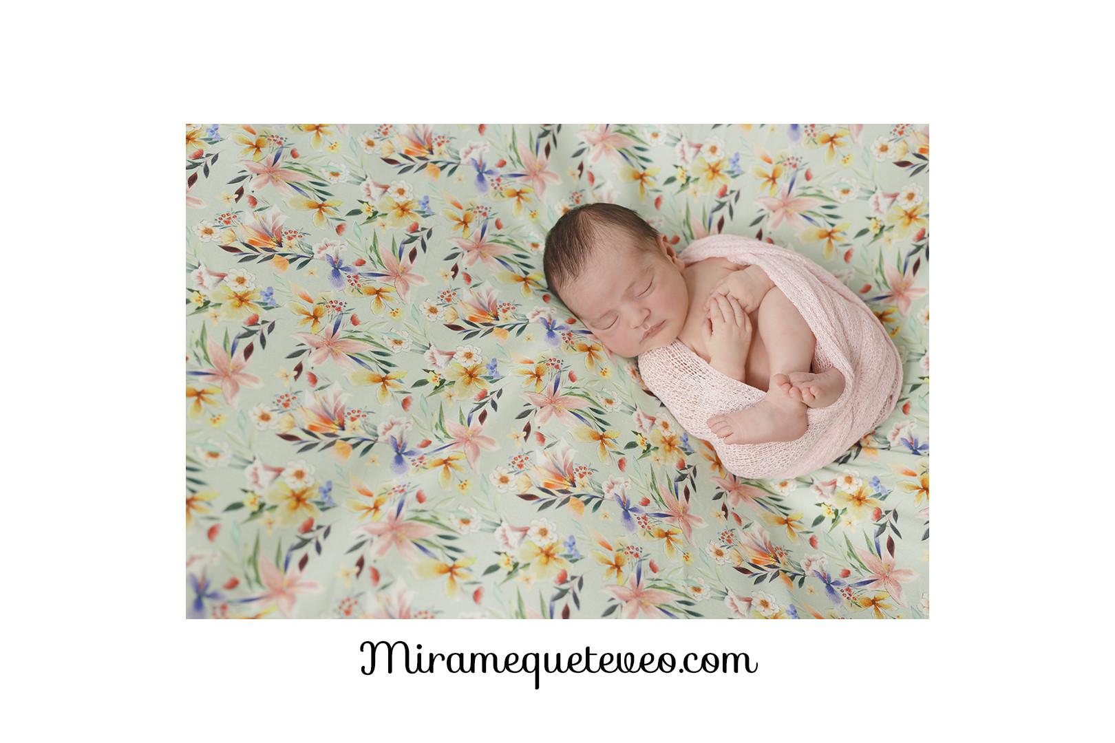 newborn Ariadna MIRAMEQUETEVEO